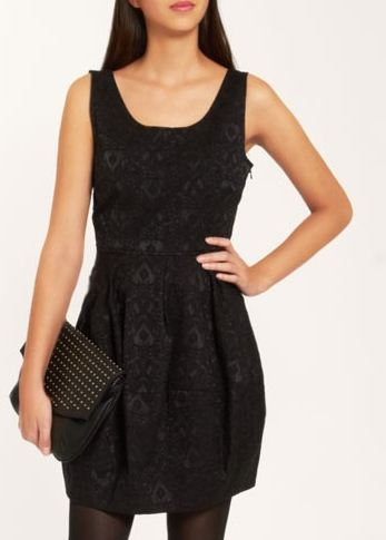robe-noire-boule