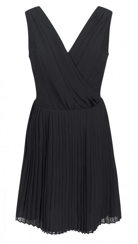 robe-noire-col-v